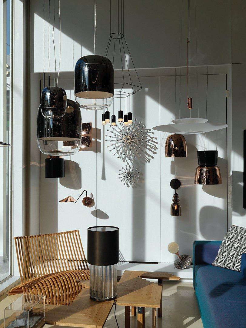 Unique interior lighting at Riche